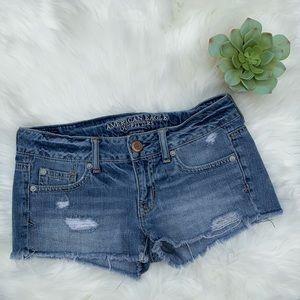 American Eagle Distressed Mini Denim Shorts Sz 2